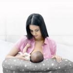 Pregnancy and Breastfeeding Pillow - Medela